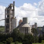 Indústria perde 1,3 milhão de empregos em quatro anos